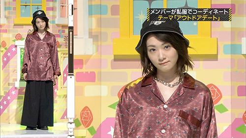 乃木坂46 生駒里奈 私服ファッション ブランド 2