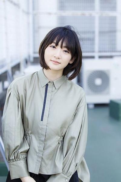 乃木坂46 生駒里奈 私服ファッション ブランド 8