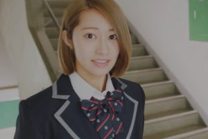 桜井玲香 金髪